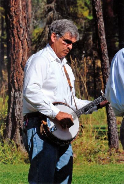 Jack Mauer on banjo