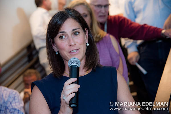 Mariana_Edelman_Photography_Cleveland_Corporate_Pinstripes_001-21