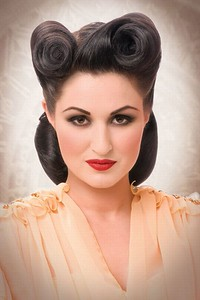 rockabilly-pin-up-hairstyles-for-short-hair