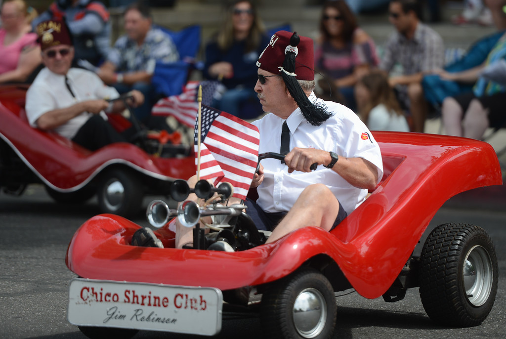 . Jim Robinson of Chico Shrine Club rides his go cart during the Pioneer Day Parade, May 5, 2018,  in Chico, California. (Carin Dorghalli -- Enterprise-Record)
