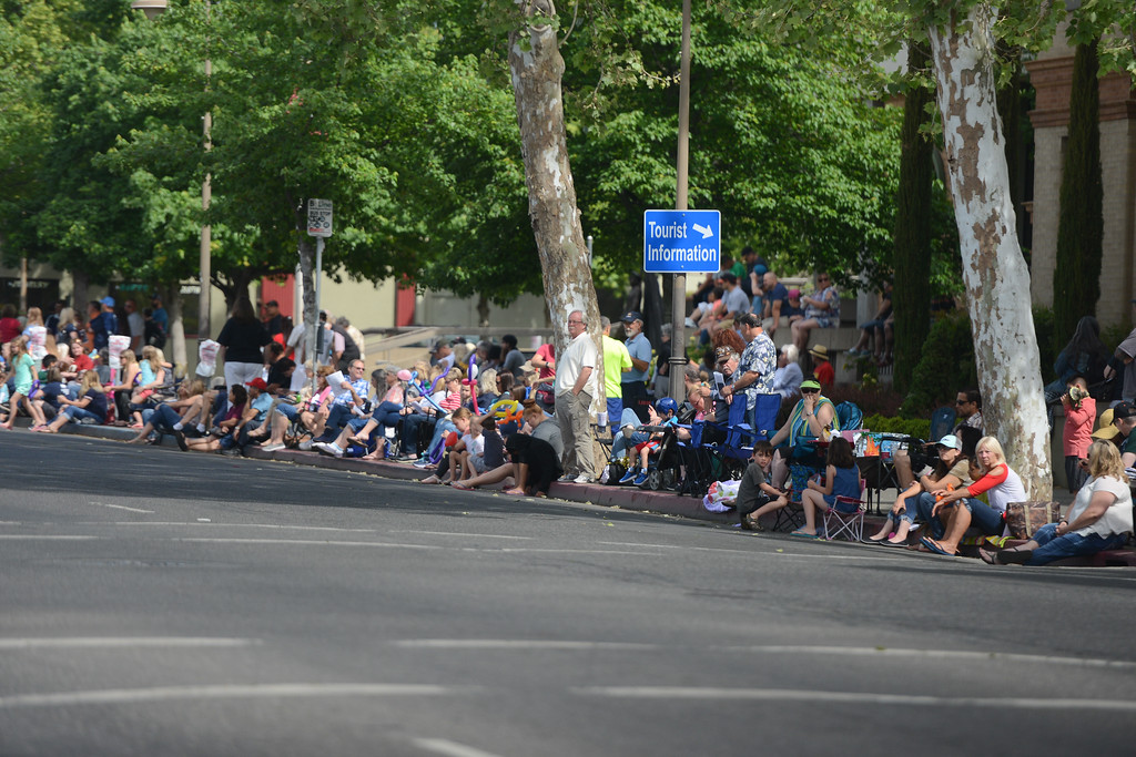 . Main St. is lined with viewers gathered to watch the Pioneer Day Parade, May 5, 2018,  in Chico, California. (Carin Dorghalli -- Enterprise-Record)