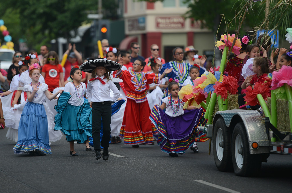 . Rosedale Elementary School students dance their way down Main St. during the Pioneer Day Parade, May 5, 2018,  in Chico, California. (Carin Dorghalli -- Enterprise-Record)