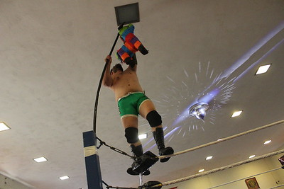 Pinata on a Pole Match Isaiah Rex vs. New Retro Malic