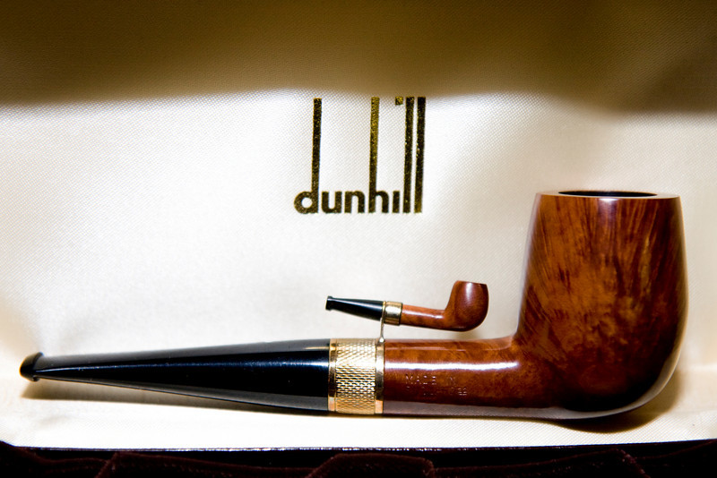 "Dunhill Root Briar<br /> ""Space Shuttle"" with gold band ""Barley"" pattern <br /> 1982"