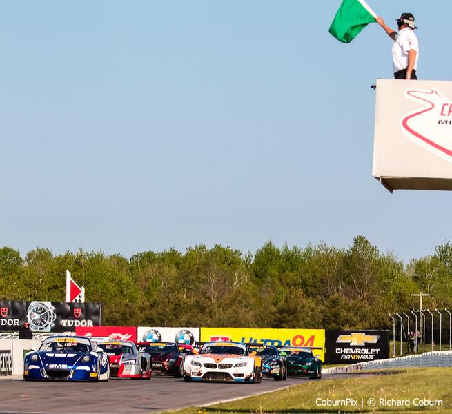 Inaugural SprintX GT race