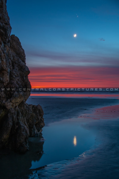 crescent moon sunset 0648