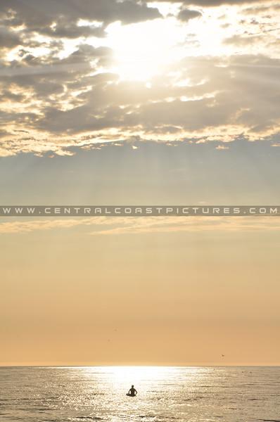 pismo-surfer-sunrays_8185