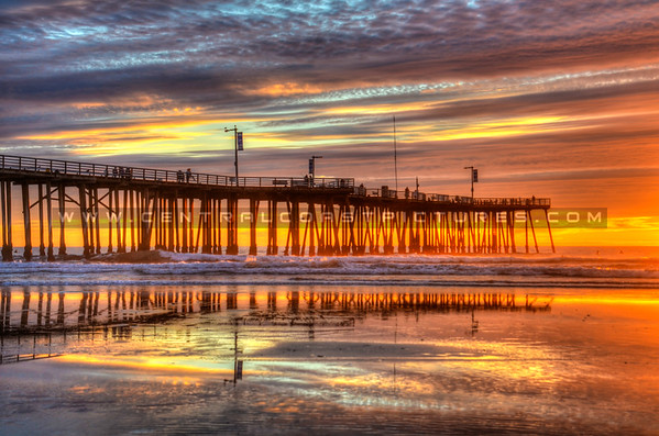 pismo pier surfers 4599-