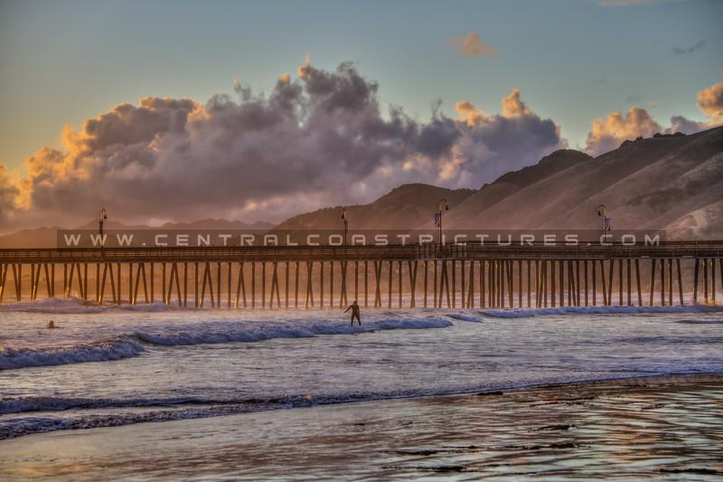 pismo beach pier surfers 0719-