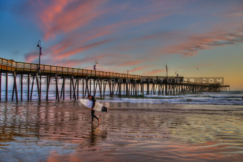 pismo beach surfer 0777-