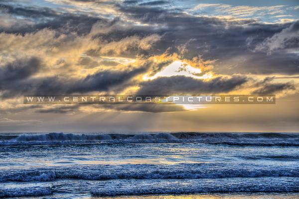 pismo beach storm 3378