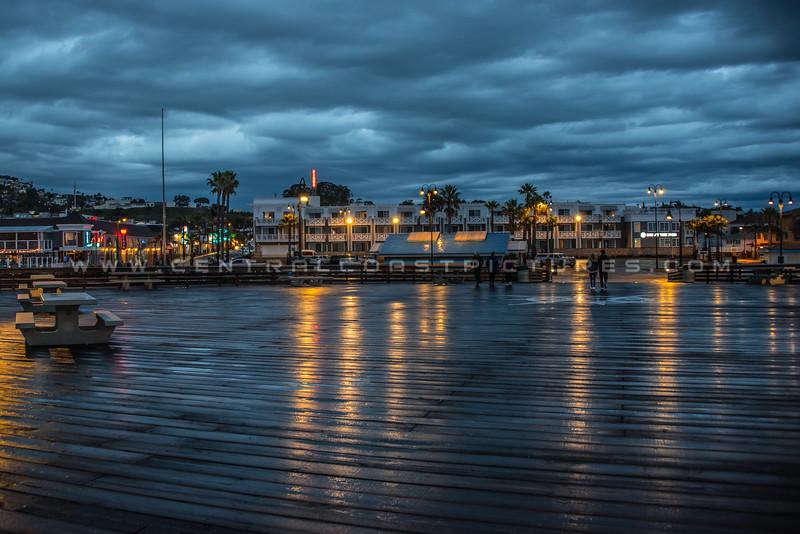 pismo pier rain night-5309