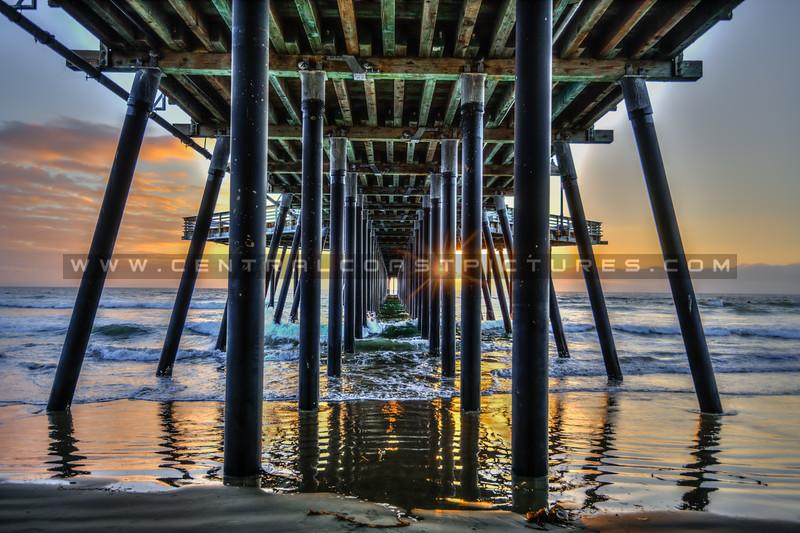 under pismo pier sunset 5994