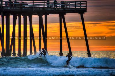 pismo pier surfers 4566-