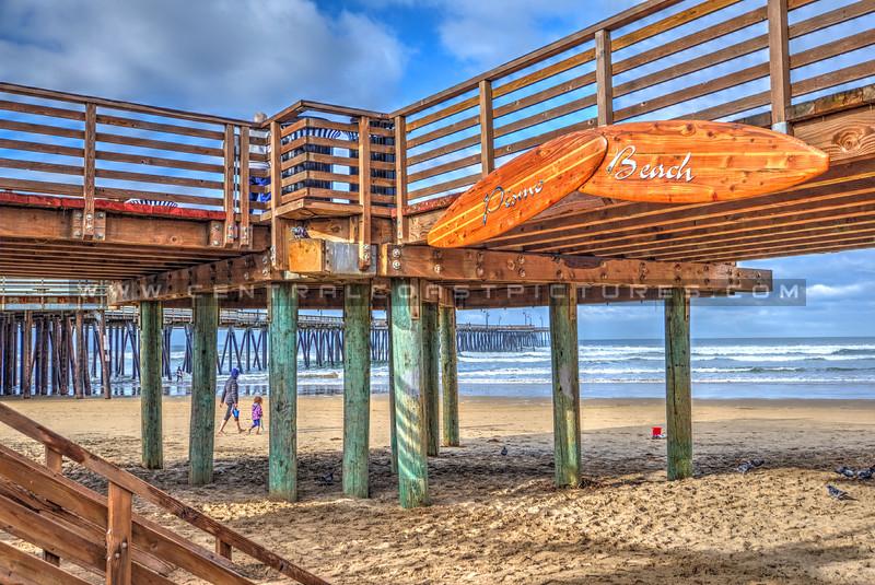pismo beach sign_7360