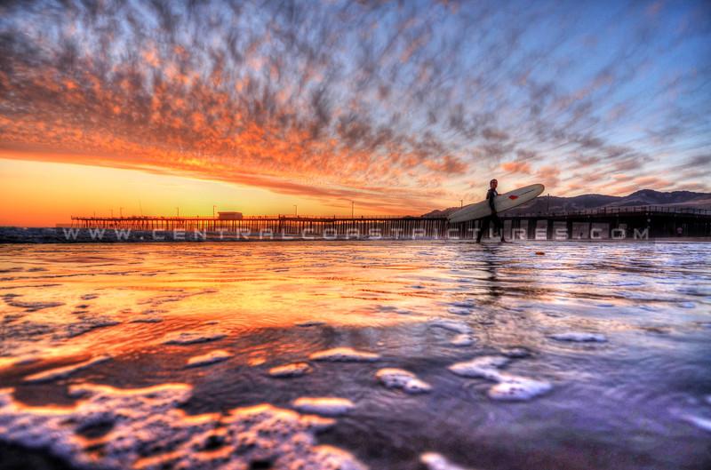 pismo-pier-sunset-surfer_5542
