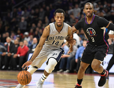 112516_JJ_Pistons_Clippers