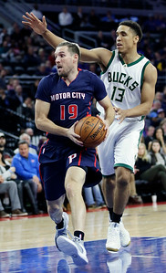 Bucks Pistons Basketball