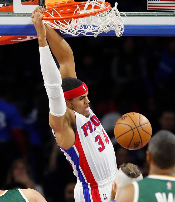 . Detroit Pistons forward Tobias Harris dunks during the first half of the team\'s NBA basketball game against the Utah Jazz, Wednesday, March 15, 2017, in Auburn Hills, Mich. (AP Photo/Carlos Osorio)