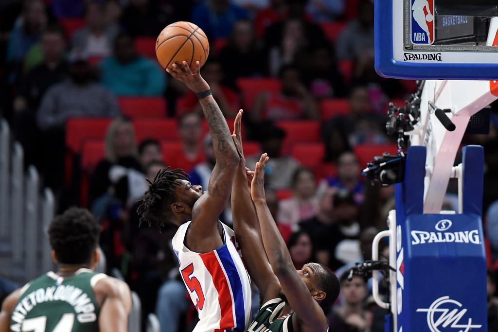 . Detroit Pistons forward Reggie Bullock (25) shoots against the Milwaukee Bucks in the first quarter of an NBA basketball game, Wednesday, Feb. 28, 2018 at Little Caesars Arena in Detroit.  (Special to The Oakland Press/Jose Juarez)