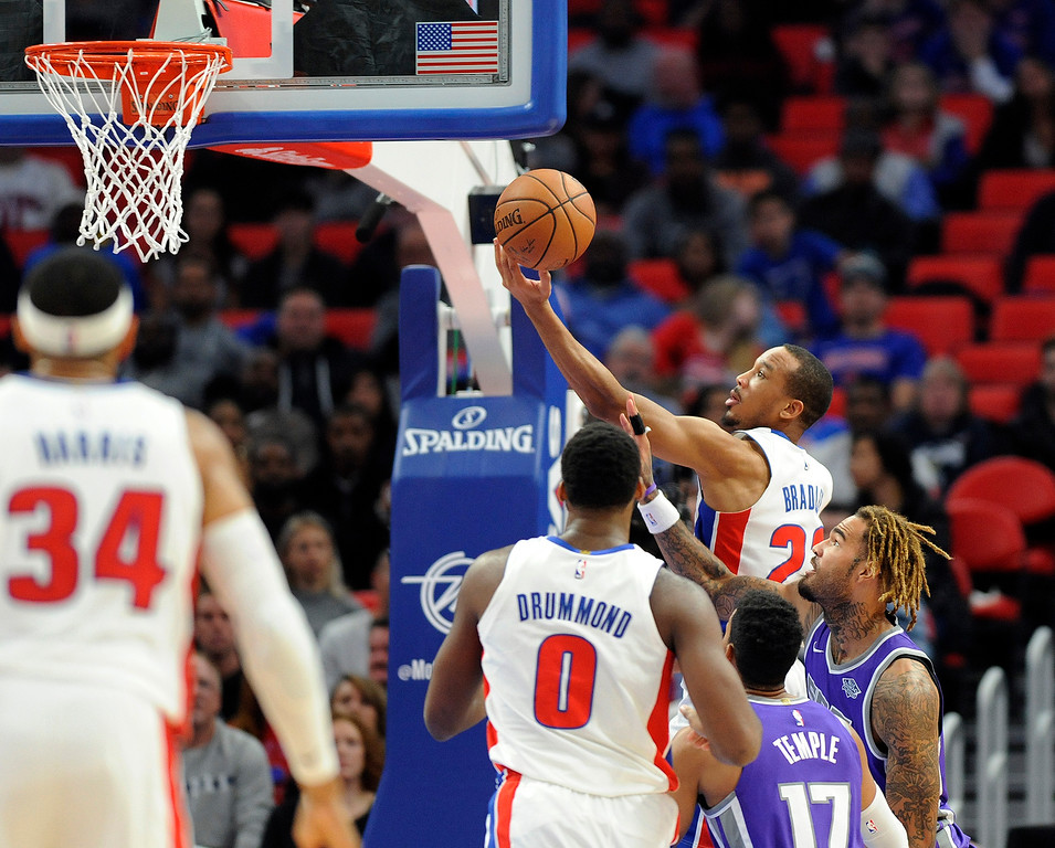 . Detroit Pistons guard Avery Bradley (22) goes in for a layup against the Sacramento Kings during the third quarter, Saturday, Nov. 4, 2017 in Detroit.  The Pistons defeated the Kings 108-99.  (Special to The Oakland Press/Jose Juarez)