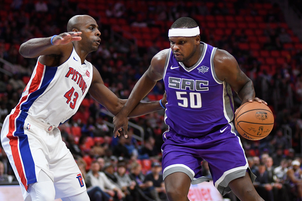 . Sacramento Kings center Zach Randolph (50) goes to the basket past Detroit Pistons forward Anthony Tolliver (43) in the fourth quarter, Saturday, Nov. 4, 2017 in Detroit.  The Pistons defeated the Kings 108-99.  (Special to The Oakland Press/Jose Juarez)