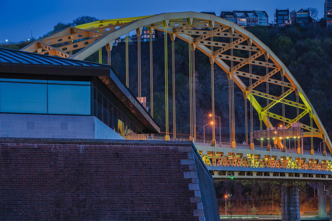 Fort Pitt Museum and Bridge