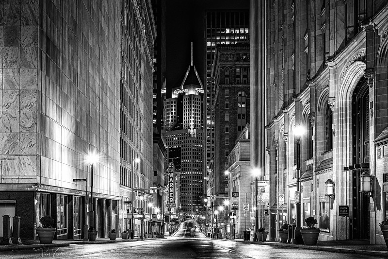 5th Ave (B&W)