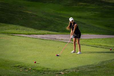 NA North Allegheny Girls Golf 2015-33