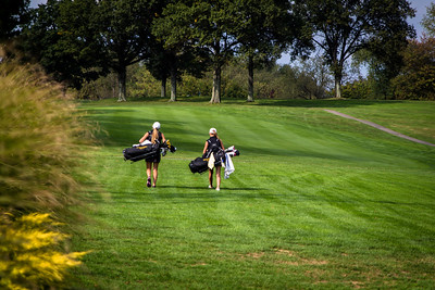 NA North Allegheny Girls Golf 2015-5