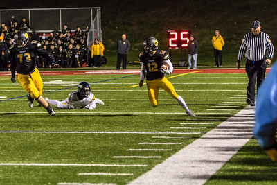 North Allegheny Football vs Central Catholic 2015 NA-17