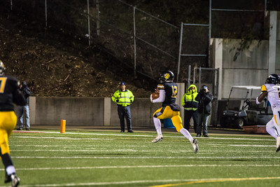 North Allegheny Football vs Central Catholic 2015 NA-32