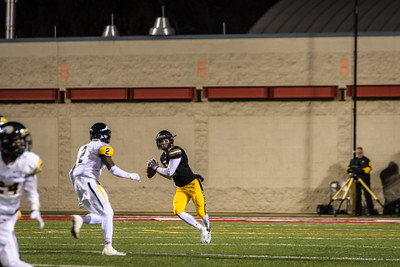 North Allegheny Football vs Central Catholic 2015 NA-42