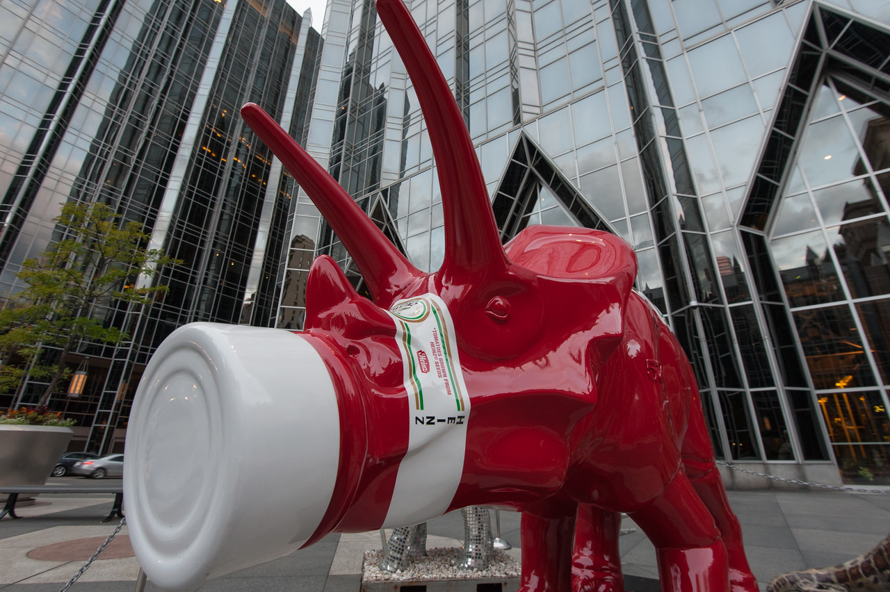 Heinz dinosaur, PPG Plaza, Pittsburgh, PA