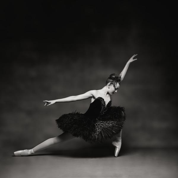 serena-mccall-dancer-black-swan-tutu-007-Edit-2.jpg