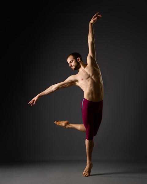 victor-zarallo-ballet-dancer-2017-335-Edit.jpg