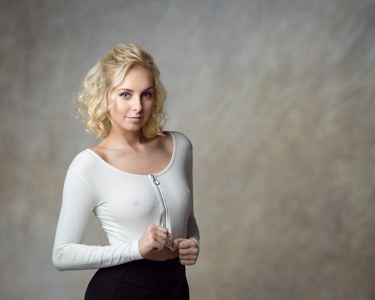 Natalie Smth - dancer
