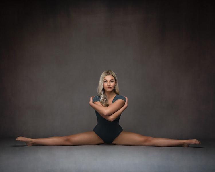 Shannen Caw - dancer