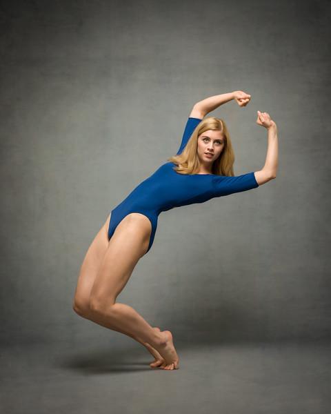 sara-wennevold-dancer-portfolio-2018-001-Edit.jpg