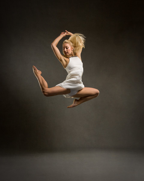 Hayley Jo Pendreich - dancer