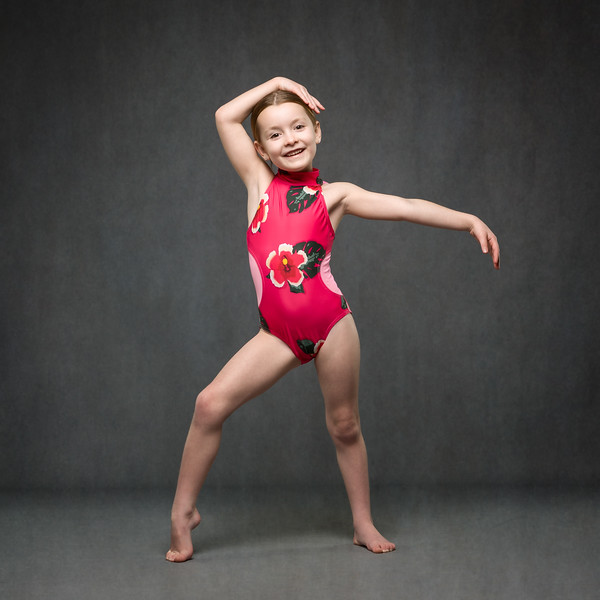 lily-mccoll-dance-photoshoot-UZ8A9209-Edit.jpg