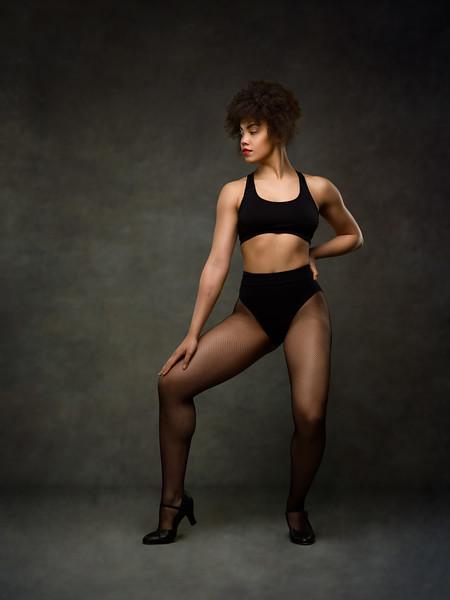Mia Musakambeva - dancer