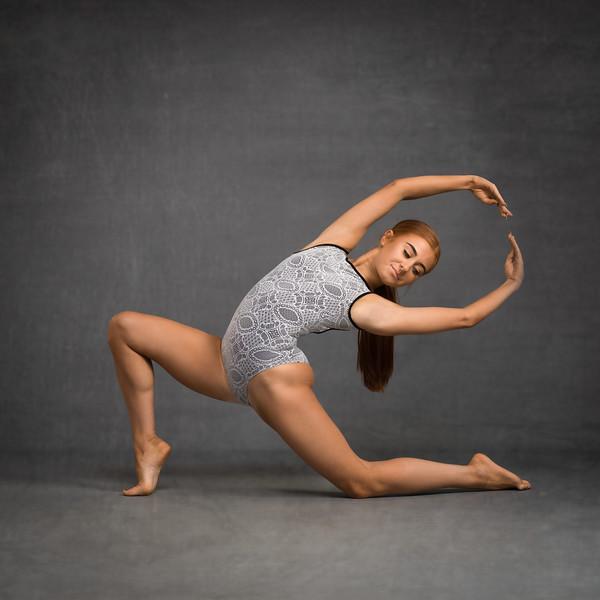 savanna-mcnaughton-dancer-portfolio-2019-030-Edit.jpg
