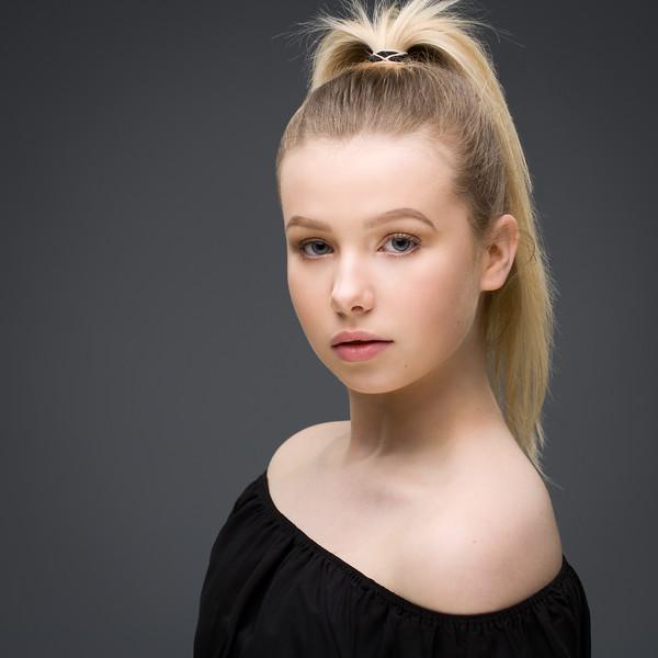 FIona McCallum - dancer