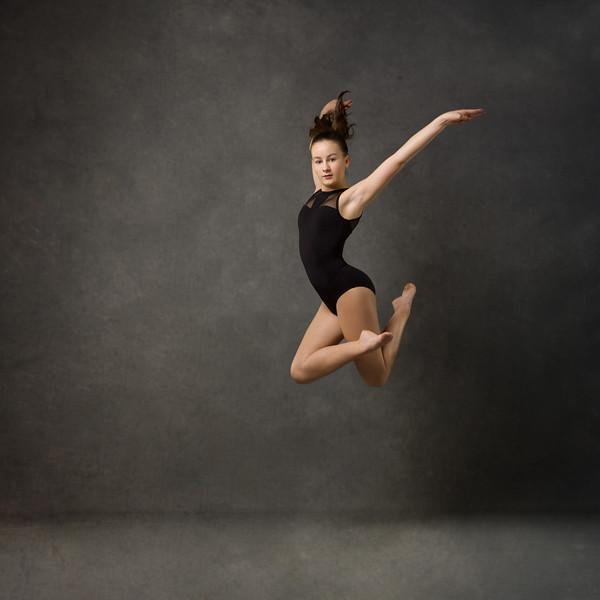 Sara McDonald - dancer
