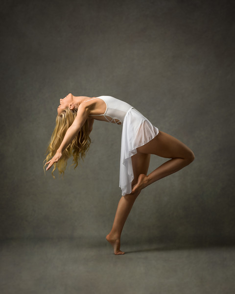 Jasmin - dancer