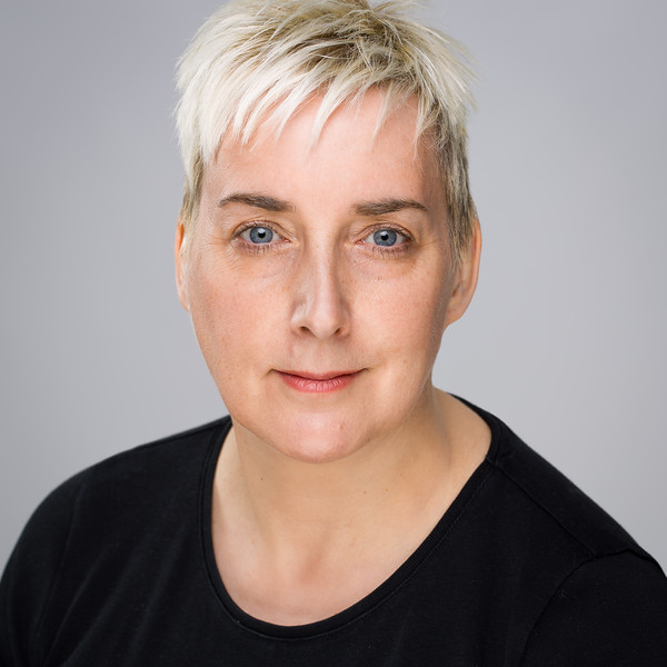 Wendy Seager - Actor & Theatre Director