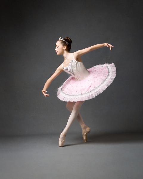 Robyn - dancer