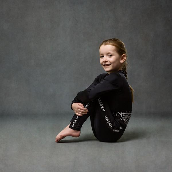 lily-mccoll-dance-photoshoot-UZ8A9415-Edit.jpg