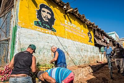 Cuba, Havana. Che Guevara Painting on the Side of a Building, Old Havana